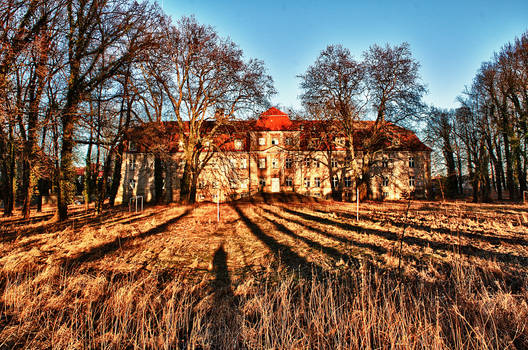 orphanage HDR