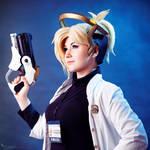 Doctor Angela Ziegler - Overwatch