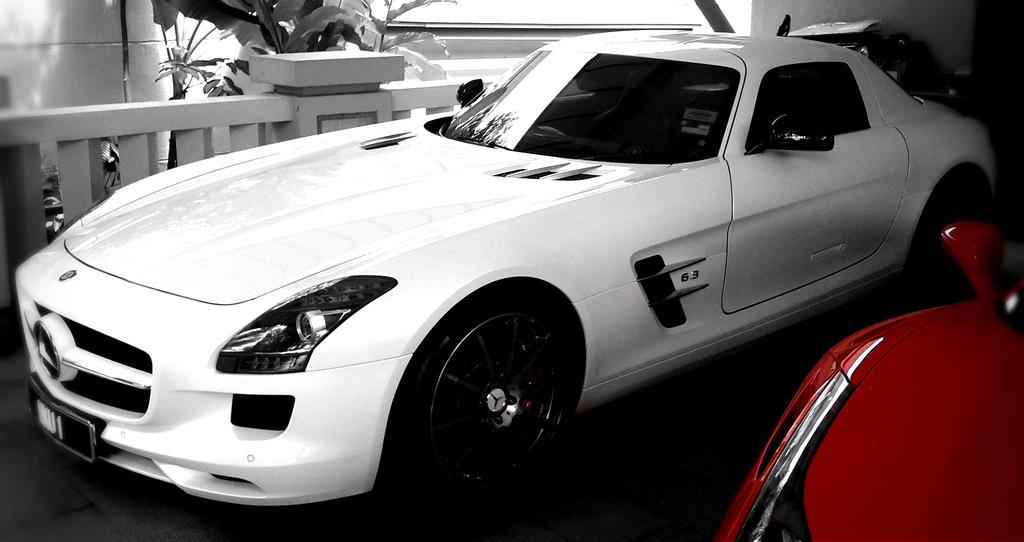 White mercedes benz sls amg edited by esszx on deviantart for 2013 white mercedes benz