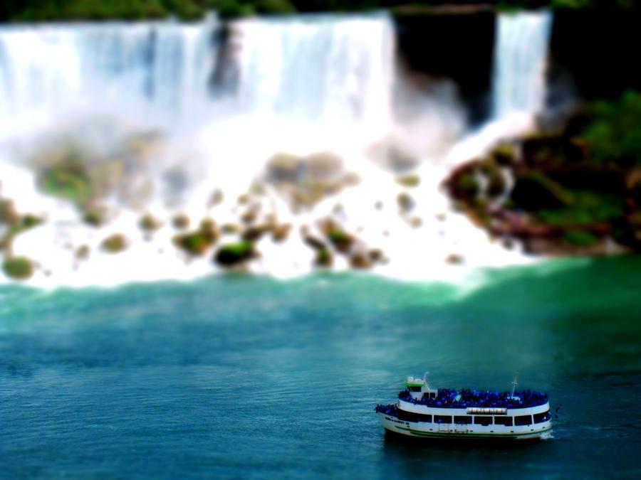 Niagara Tilt Shift by XxSakura-HimexX