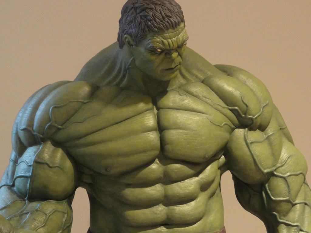 Hulk Smash 1/4 Scale 1 by Mutronics