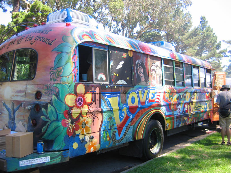 Combi VW, Cox brothers - Page 4 Hippie_Mobile_by_bwphotograph