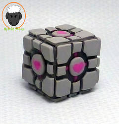 Aperture Science Weighted Companion Cube