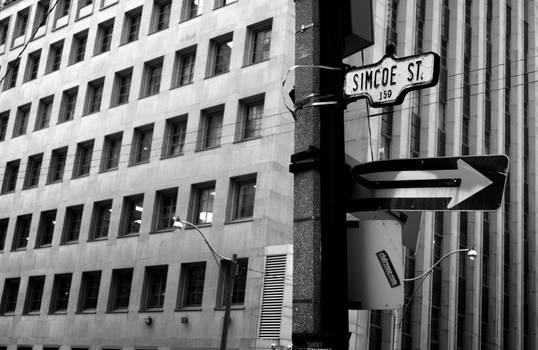 Simcoe St