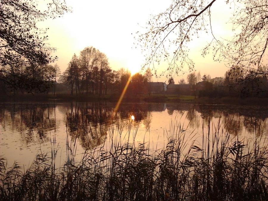 Jesien w Klodawie by JaBoJa