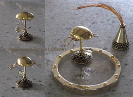 Miniature Riven Beetle Inkwell