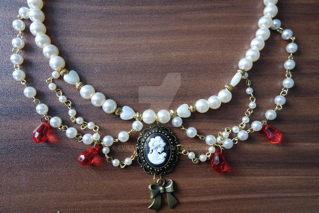 Lolita Red Wine Tears Necklace by Evilsweet