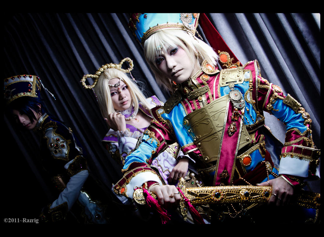Trinity Blood by Bakasteam