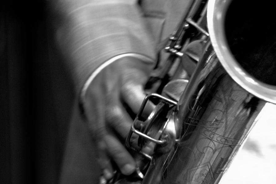 Hot Sax by Allen59