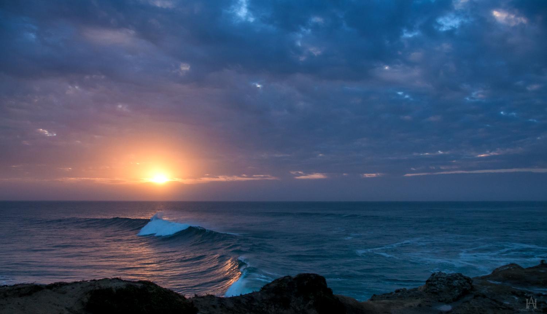 Breaking Dawn by Allen59