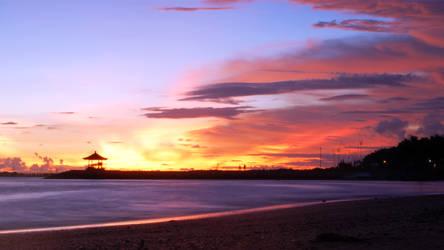 Sanur Sunrise by bigfoothazza