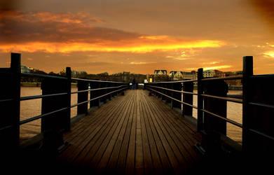 Sunset London by bigfoothazza