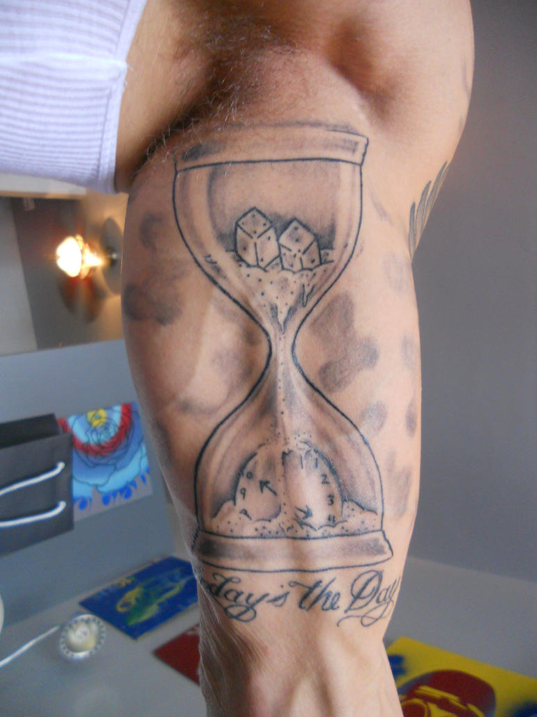 Top broken hourglass tattoo pocket watch images for for Tattoo cost per hour