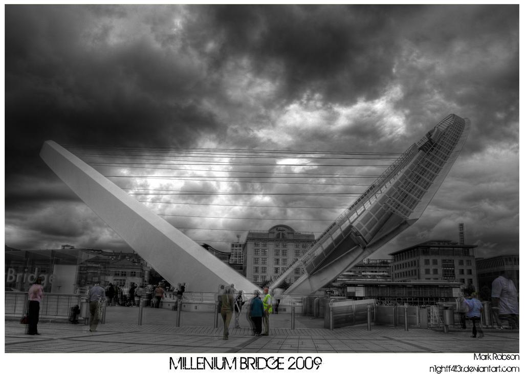 HDR Millenium Bridge by N1ghtf4ll3r