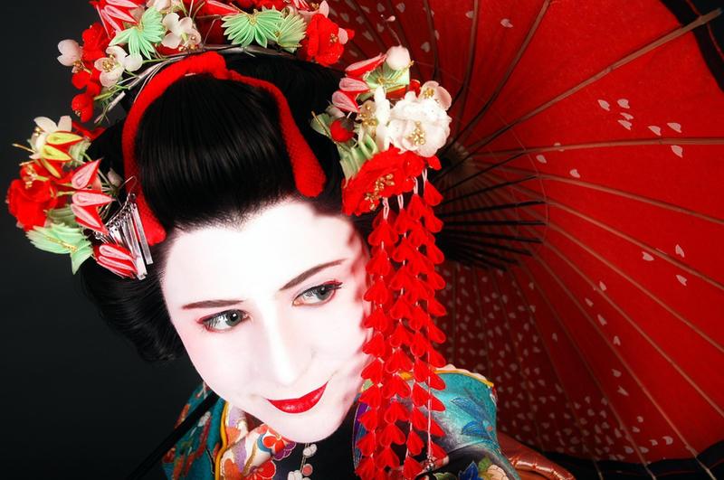 Geisha Jenita by LadyLolita on deviantART