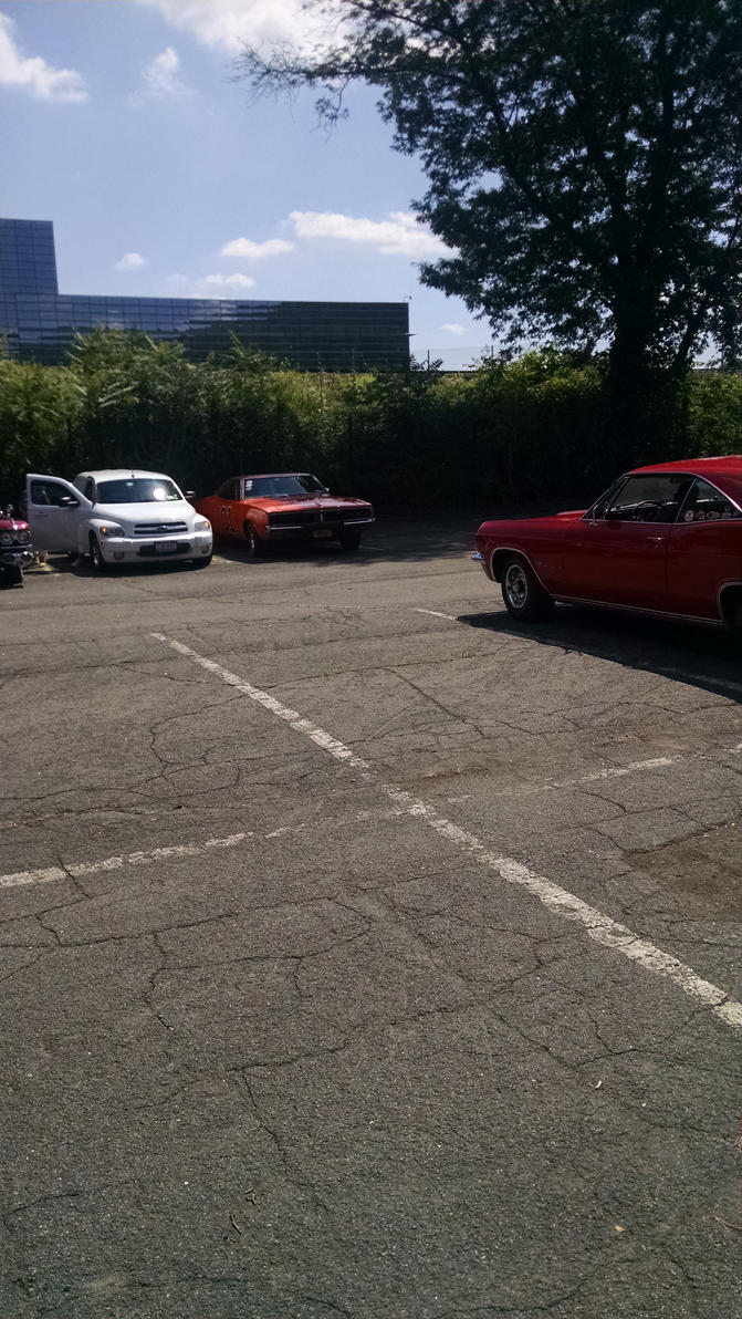 Dodge Charger at the Suffern auto show by hot293wildcat
