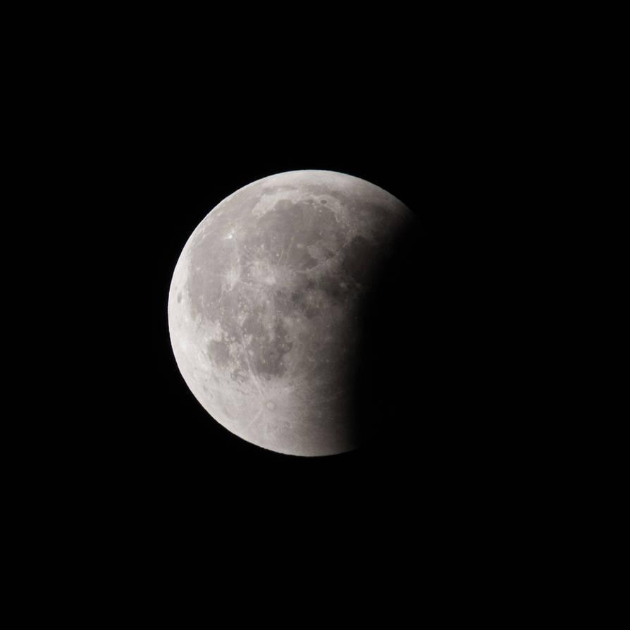 My vision of lunar eclipse by Konrad22