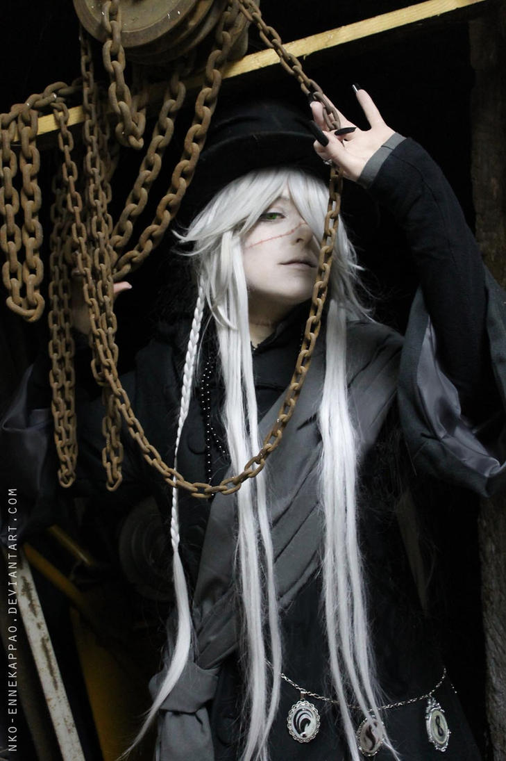 Kuroshitsuji: Undertaker cosplay by Nko-ennekappao
