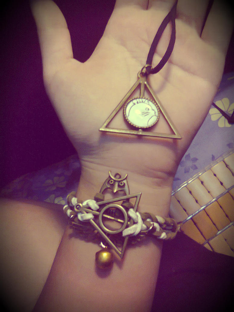[HarryPotter] My handmade HP bracelet and necklace by Nivilia