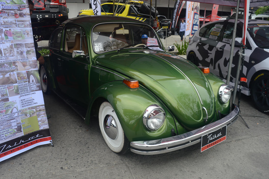 B2B August 18-19 (6) - Green VW Beetle by TunaPlatinum