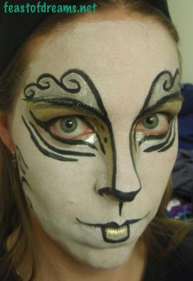 Kitsune Stage Makeup by theassassinnox