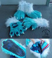 Aqua Hands and Feet by theassassinnox