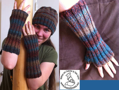 Ribbed Half Gloves and Hat