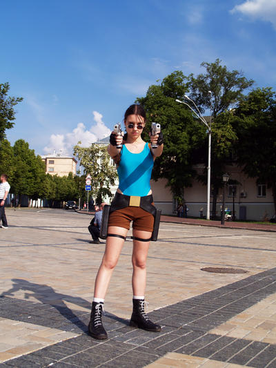 Lara Croft - Hands up by TanyaCroft