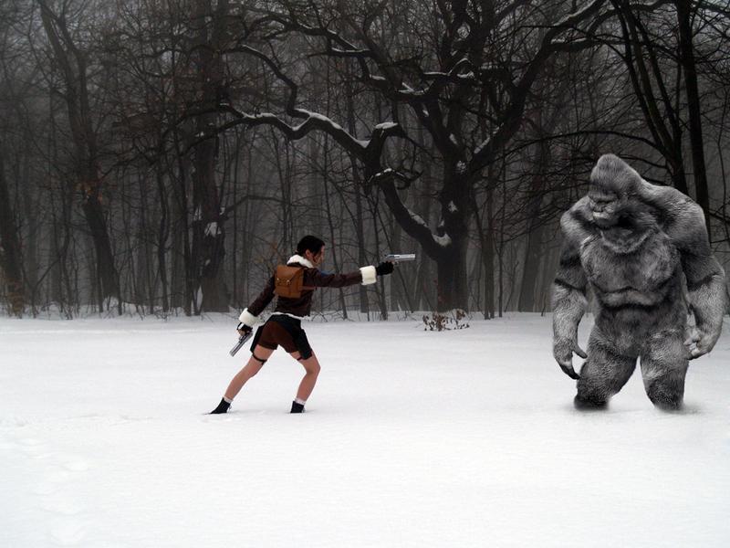 Lara Croft - yeti attack