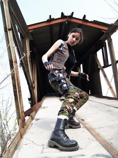 Lara Croft - descent