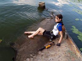 Lara Croft SOLA - near the water by TanyaCroft