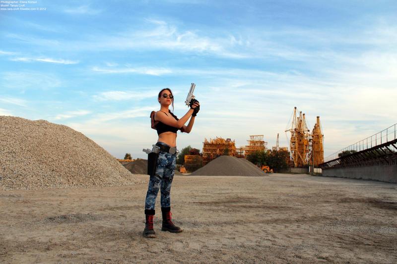 Lara Croft - hero pose by TanyaCroft