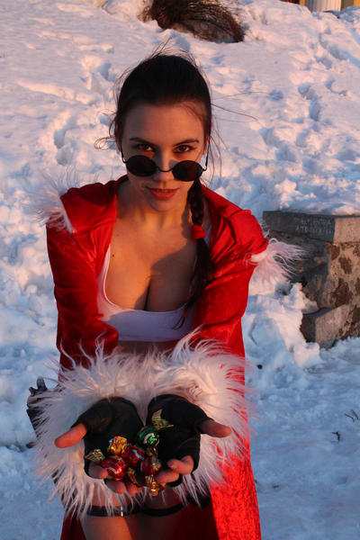 New Year's Lara Croft - wanna candies? by TanyaCroft