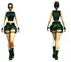 Lara Croft: camo shorts