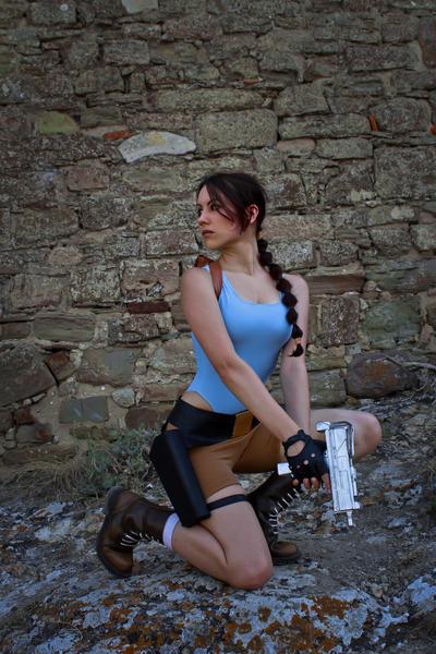 Lara Croft - ready to kill by TanyaCroft