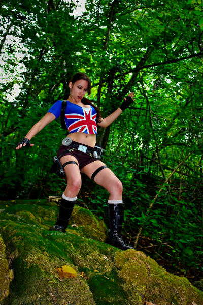 Lara Croft - slippery descent by TanyaCroft