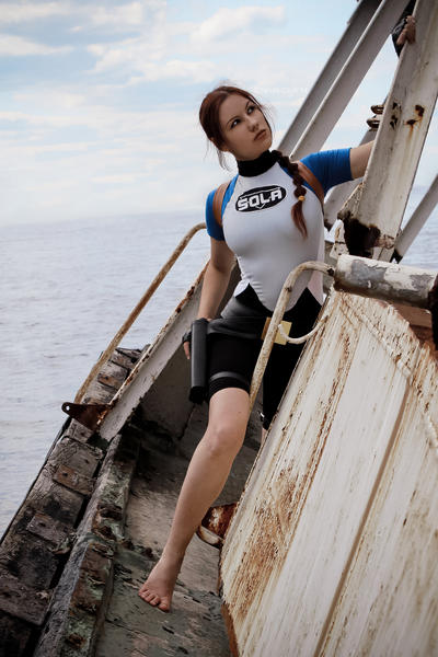 Lara Croft SOLA wetsuit - curious face by TanyaCroft