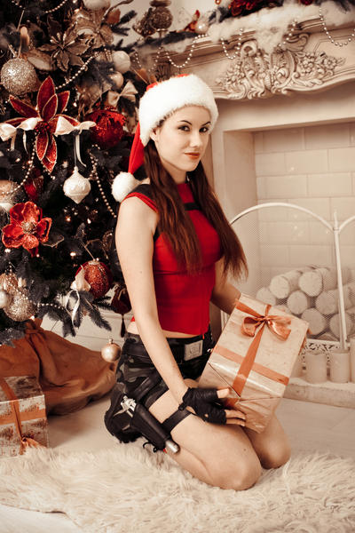 Christmas Lara Croft - with present by TanyaCroft