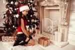 Christmas Lara Croft - fireplace