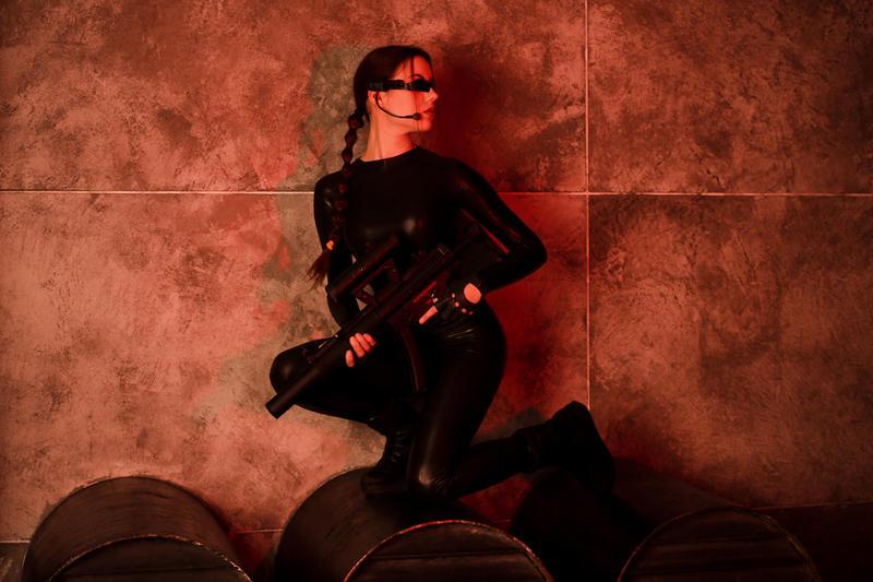 Tomb Raider Lara Croft catsuit - MP5 by TanyaCroft