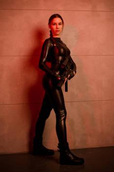 Tomb Raider Lara Croft catsuit - smile