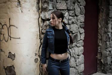 Lara Croft jeans cosplay - slinking by TanyaCroft