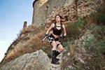 Lara Croft Underworld - ready for action