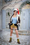 Christmas Lara Croft cosplay - happy smile