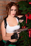 Christmas Lara Croft cosplay - desert eagle