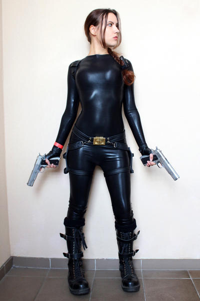 Tomb Raider Anniversary catsuit 3