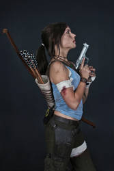Lara Croft REBORN cosplay - studio 5