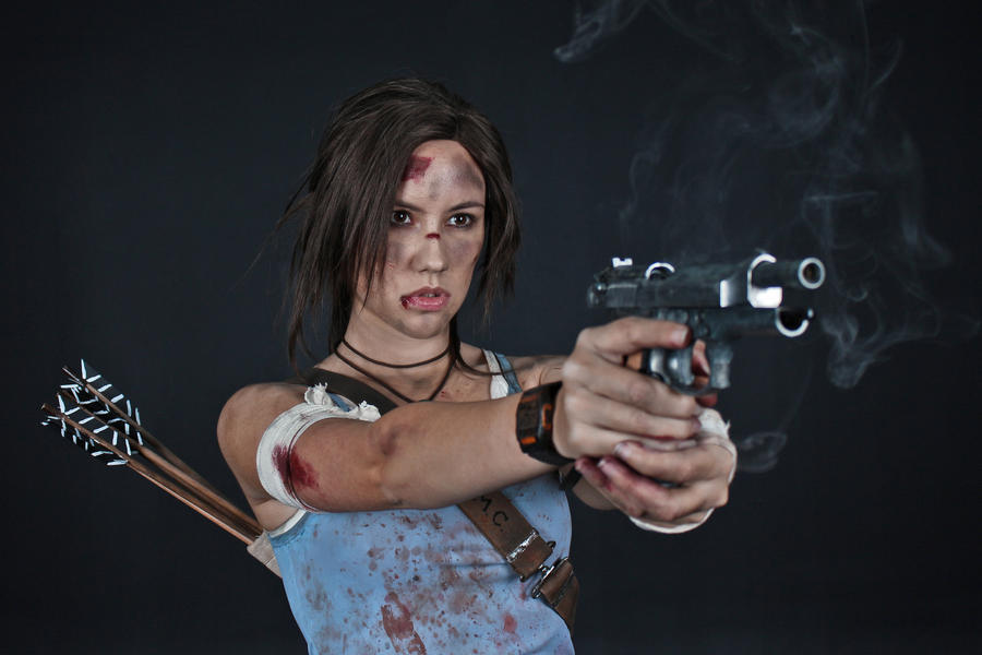 Lara Croft REBORN cosplay - studio 11
