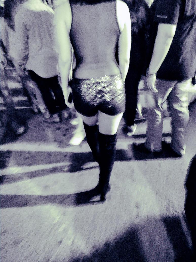 Posture by dr3amca5t3r