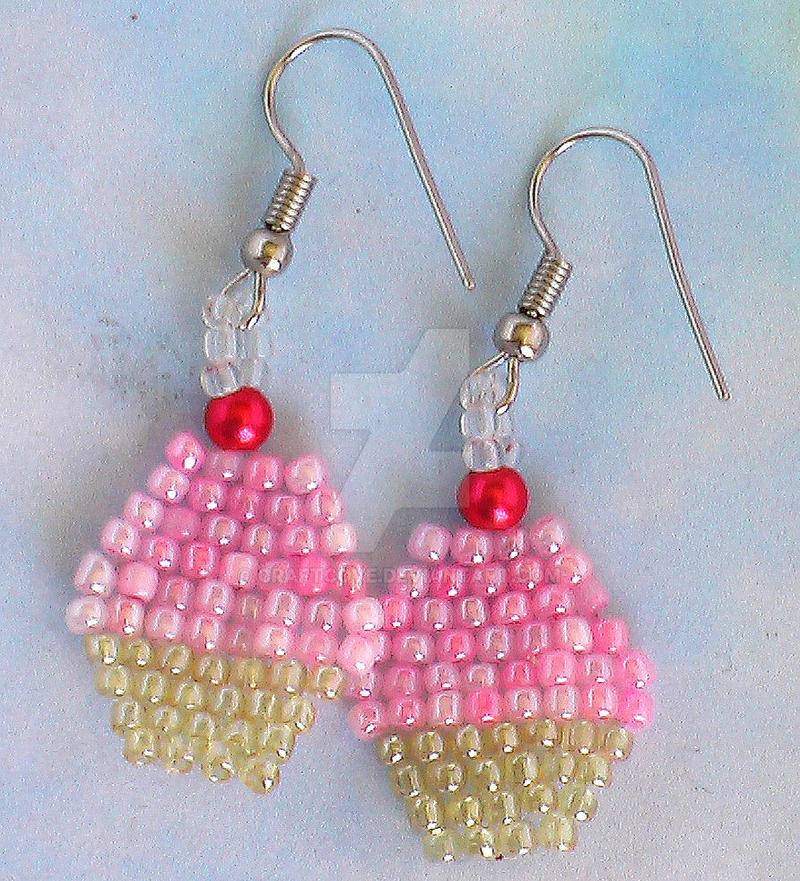 cup cake earrings by Craftcove